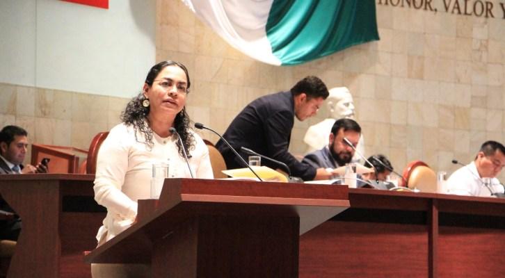 Laura Vignon exhorta a la STyPS a generar fuentes de empleo para los jóvenes (21:00 h)