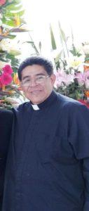 falso sacerdote