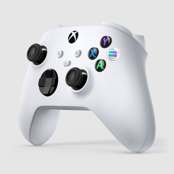 Xbox-and-Serviceplan-Group-celebrate-Women-in-Gaming-worldwide-with-a-special-Xbox-controller-INSERT2