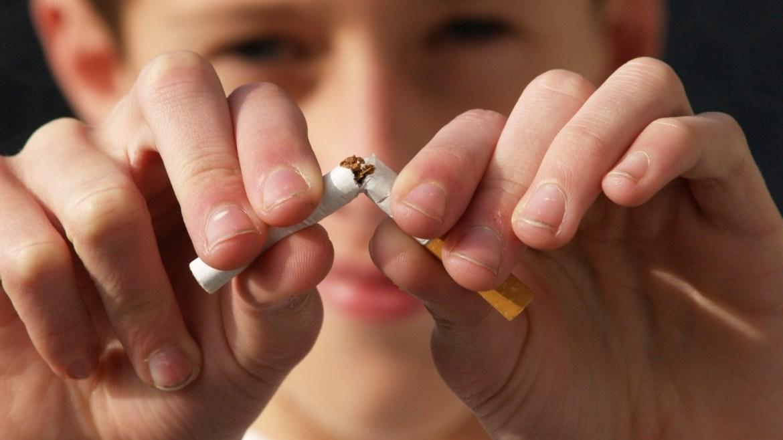 ¿Por qué es tan perjudicial para los niños el humo de tercera mano?