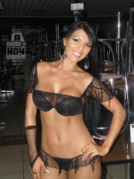 Marcela Negrini Pasarela Casa Zeller - adondeirhoy.com