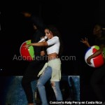 Fotos de Tanishe en Costa Rica - Prismatic World Tour 2015