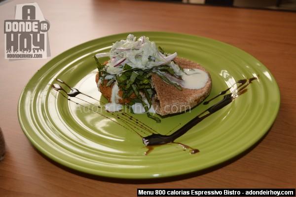 pita con falafel (croquetas de garbanzo) - Espressivo Bistro