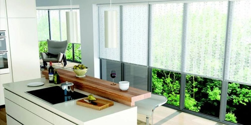 add-style-to-your-windows-with-roller-blinds-2