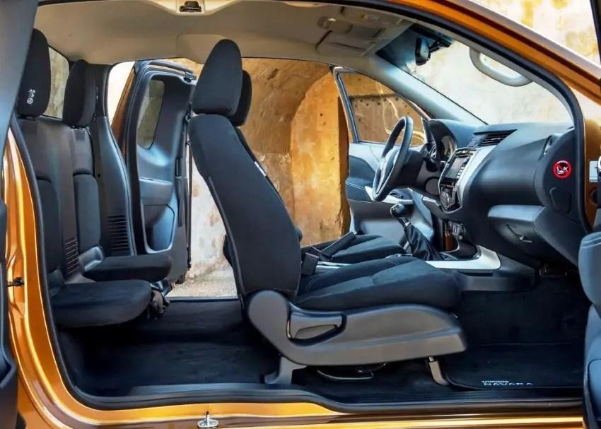 2020 Nissan Navara Double Cab Interior