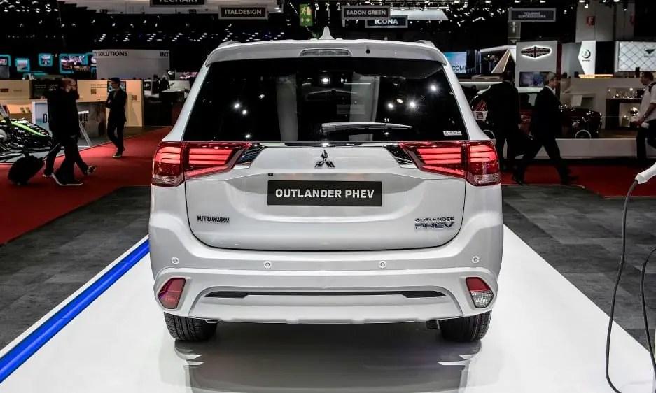 2020 Mitsubishi Outlander PHEV USA Price & Release Date