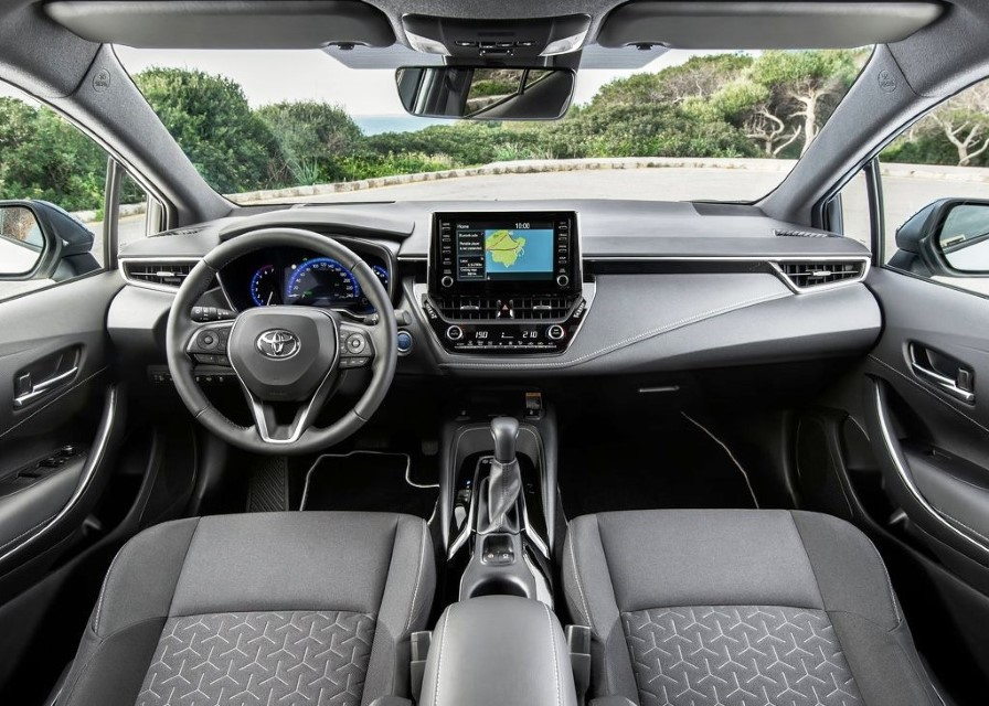 2020 Toyota Corolla Hybrid Interior & Features