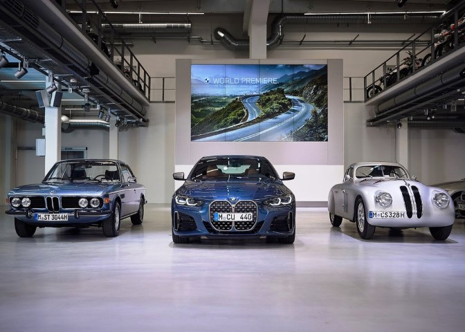 2022 BMW M4 Coupe History