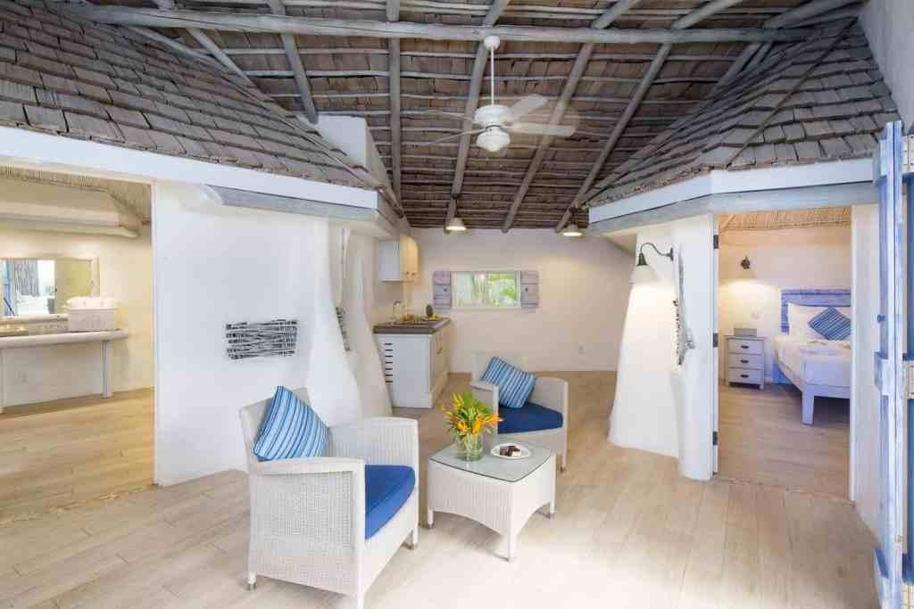 02-gauguin_suite_interior
