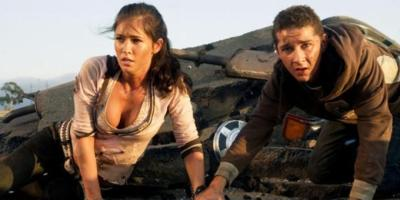 Megan Fox und Shia LaBoeuf in TRANSFORMERS - © Paramount Pictures