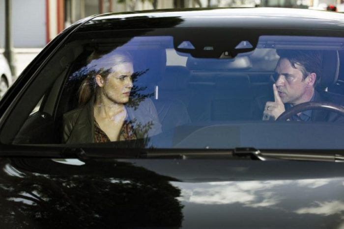 TAKEN 3 - Kim (Maggie Grace) und Stuart St. John (Dougray Scott) - © Universum