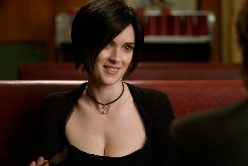 Szenenbild aus SEX AND DEATH 101 - Death Nell aka Gillian (Winona Ryder) - Quelle: Imdb