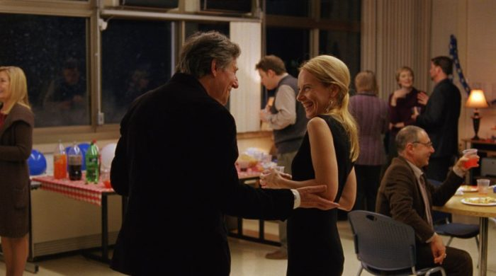 Szenenbild aus LOUDER THAN BOMBS - Gene (Gabriel Byrne) und Hannah (Amy Ryan) - © MFA