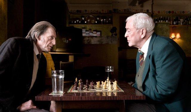 HARRY BROWN - Gute Freunde: Leonard (David Bradley) und Harry (Michael Caine) - © Ascot Elite