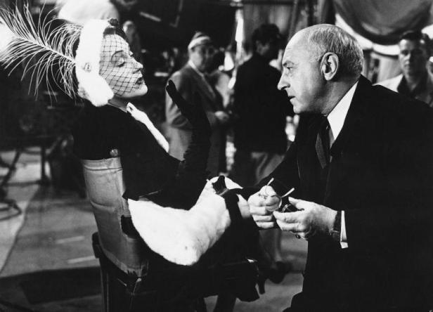 Norma Desmond (Gloria Swanson) und Cecil B. DeMille - © Paramount Pictures