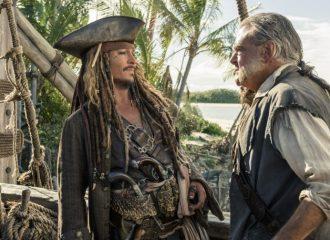 Filmstill aus FLUCH DER KARIBIK 5 - SALAZAR'S RACHE - Jack Sparrow (Johnny Depp) und Gibbs (Kevin McNally) - © Disney Deutschland