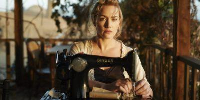 Filmstill aus THE DRESSMAKER (2015) - Tilly (Kate Winslet) an der Nähmaschine - © Ascot Elite Home Entertainment