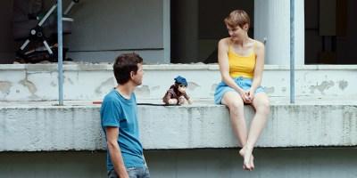 Szenenbild aus DIE EINZELTEILE DER LIEBE- Sophie (Birte Schnöink) und Georg (Ole Lagerpusch) - © Arsenal Filmverleih