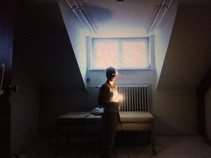 Szenenbild aus LENZ - Lenz (Lisa Stiegler) - © Residenztheater