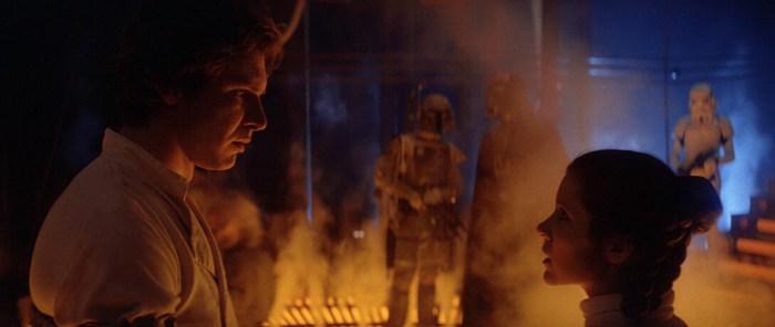 Szenenbild aus THE EMPIRE STRIKES BACK - Han (Harrison Ford) und Leia (Carrie Fisher) müssen sich trennen. - © 20th Century Fox