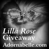 A @LillaRose #Giveaway at @Adornabelle