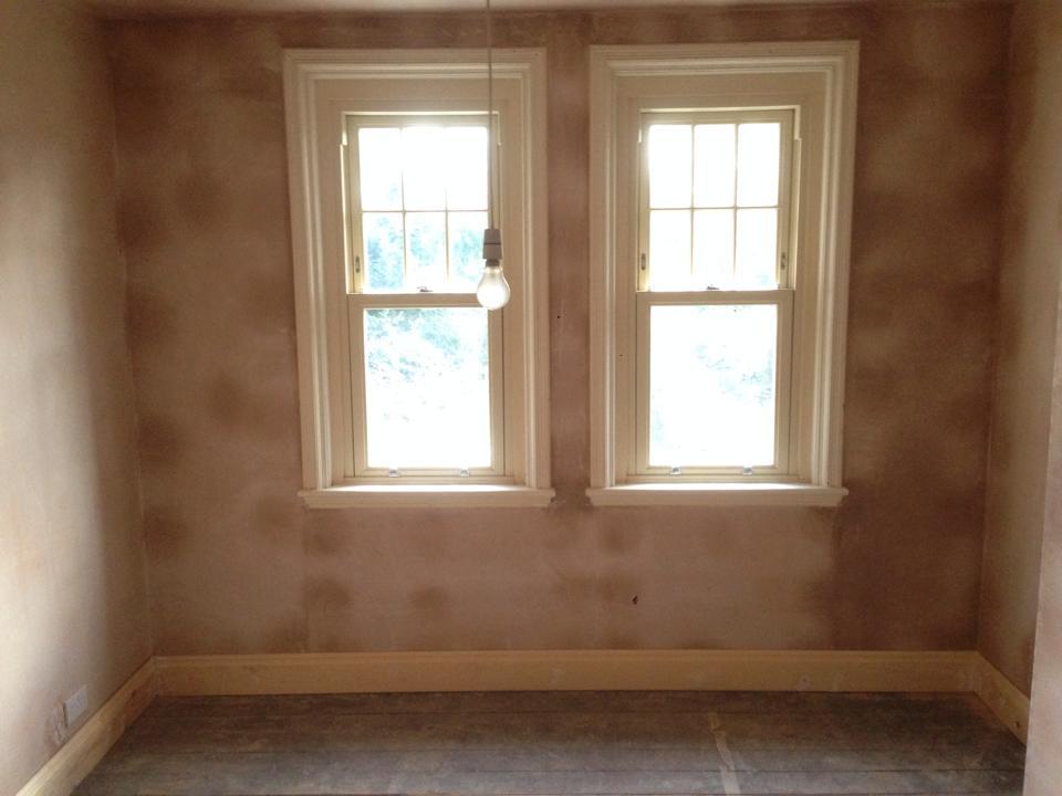 Plastering around windows