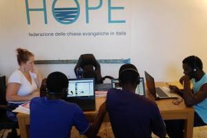 Tre Nuovi Computer Per Lampedusa