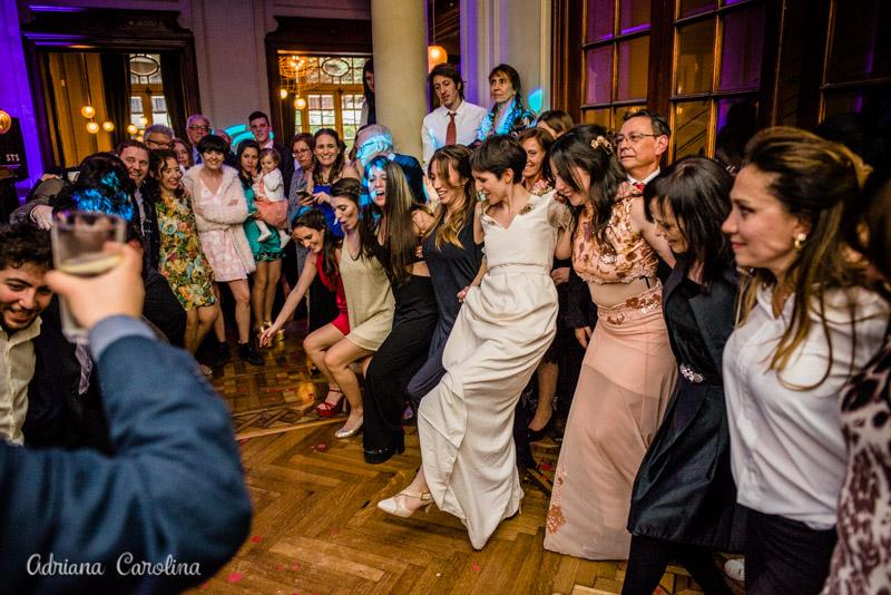 Teo y Martin - Boda Griega en Million Boda registrada por la premiada fotógrafa de boda en Buenos Aires Adriana Carolina. Foto de Boda.