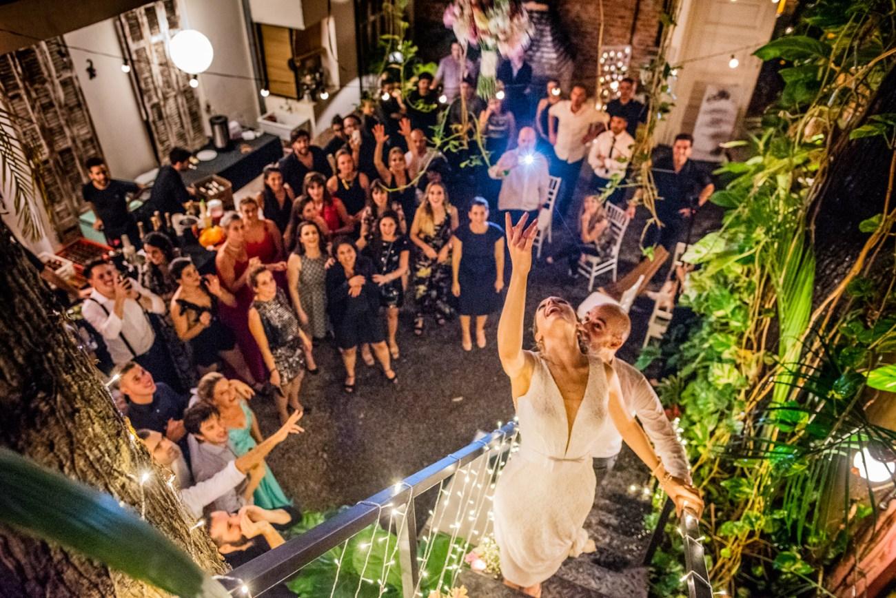 Boda en Nuestra Señora de Guadalupe registrado por la premiada fotógrafa de Buenos Aires Adriana Carolina. Fotografía de boda en Buenos Aires.