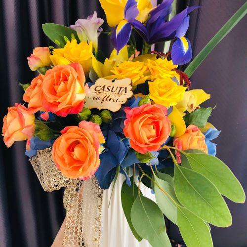 casuta cu flori galati florarie