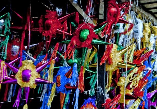 Piñatas tradicionales para las posadas