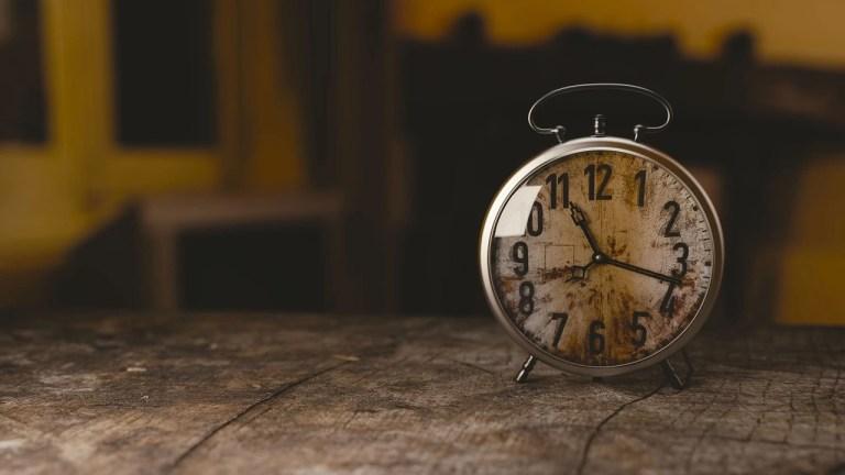 atata timp sau atat timp