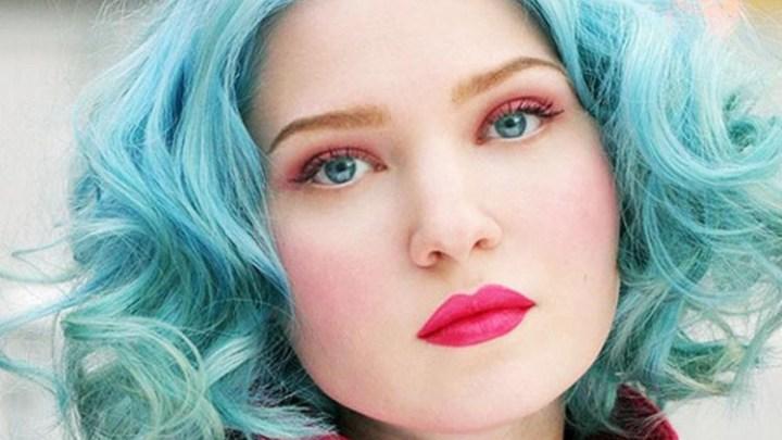 Cabelo azul turquesa – Como pintar, cuidar e manter a cor do momento!