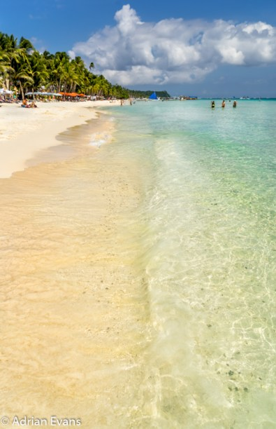 White Beach is home to some of the top Boracay hotels and resorts. White Beach is at its widest, and it is considered to be to the upscale section of Boracay. Almost all of these Boracay hotels and resorts are directly on the beach. The footpath ends, and travel is by foot down the beach to get to central White Beach.