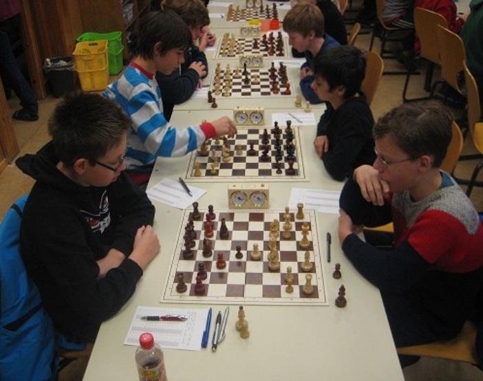 Alexander Petrashov gegen Adrian Wichmann Runde 5