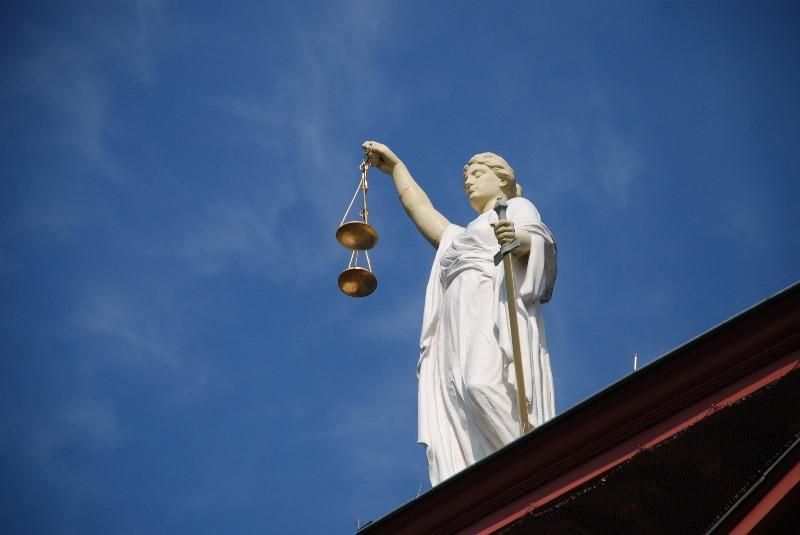 Convenio colectivo aplicable a los abogados que ejercen en un despacho de abogados