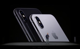 Apple iPhone X   image9