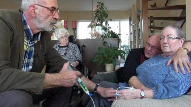 La eutanasia se populariza en Holanda: los suicidios asistidos se triplican en una década.