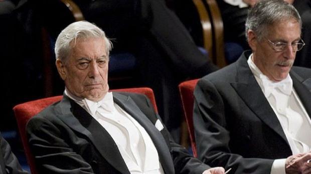 """Vargas Llosa: """"El Nobel de literatura debe ser para escritores y no para cantantes"""""""
