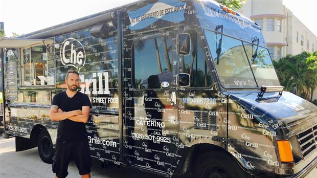 Che Grill: El food truck argentino que trabaja para Obama y para Donald Trump –