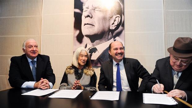 "Se anunció el ""rescate"" de la biblioteca personal de Borges"