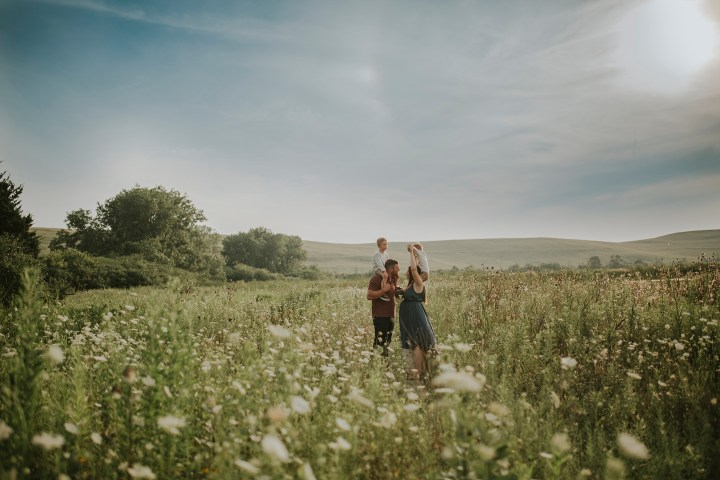 The Anderson family maternity session in Hanover Park IL