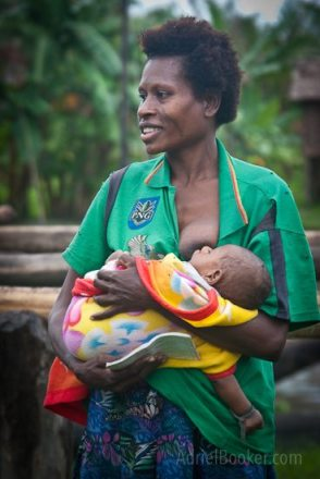 Adriel Booker Love A Mama Community PNG maternal health-35