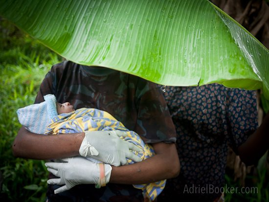 Adriel Booker Love A Mama Community PNG maternal health-154