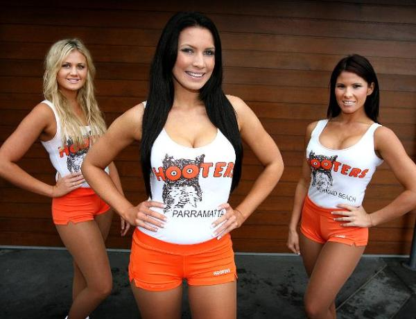 What's the big deal about 'breastaurants' like Hooters?