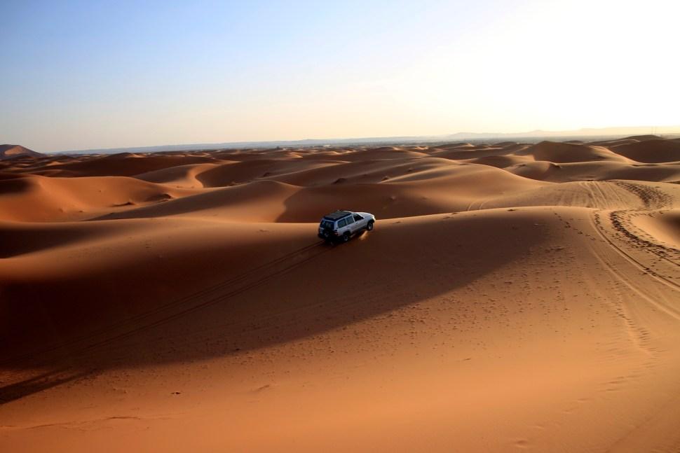 4 roues motrices dans le desert