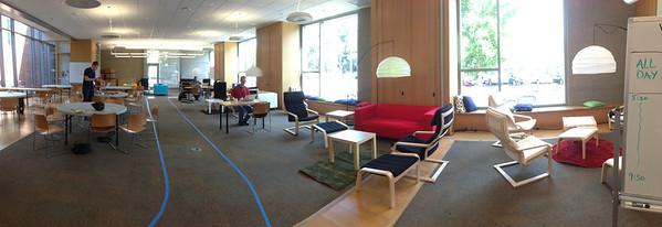 Hacker Lounge, unoccupied.