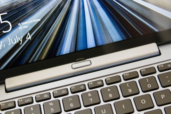 ATIV connected to the keyboard. (Click for full size)