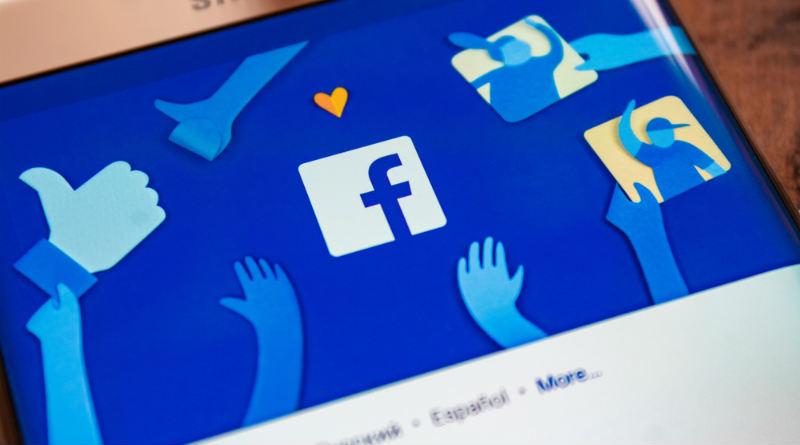 Facebook llega a los 2.498 millones de usuarios activos