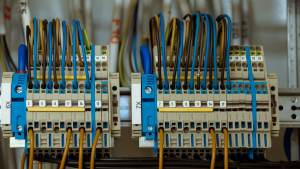 Should I Call a Domestic Electrician for a Tripping Fuse Box?